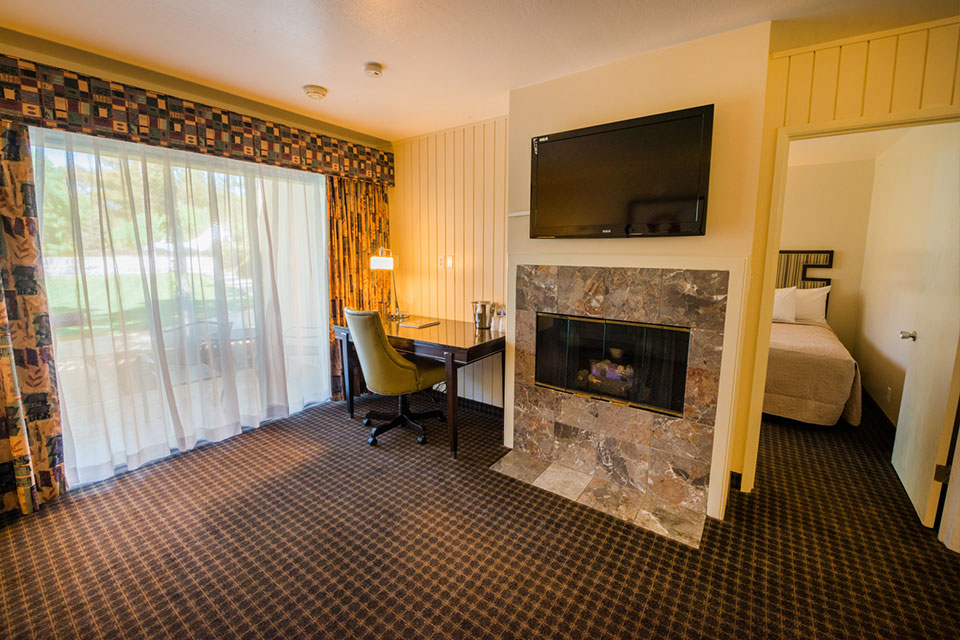 double-suites-fireplace