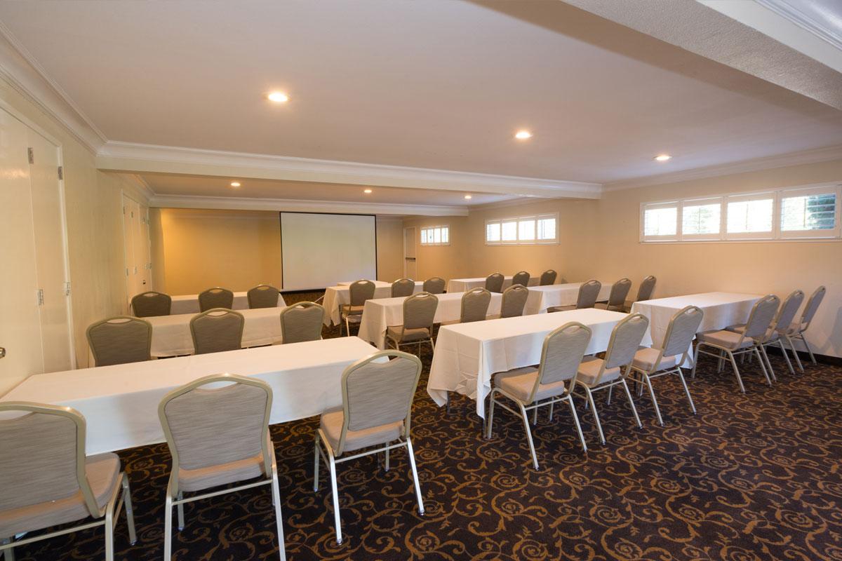 The DeAnza Room - Los Gatos Lodge - Los Gatos, CA